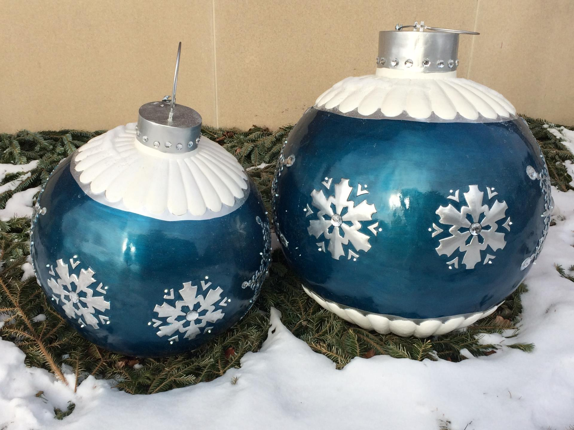 Large Outdoor Ornaments
